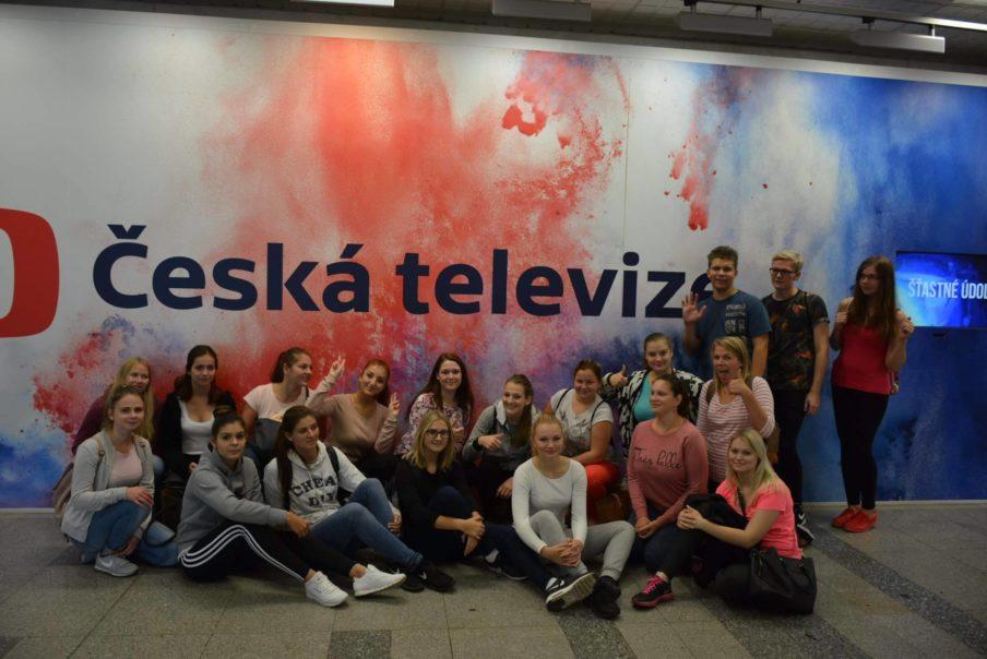 Studenti Obchodní akademie střední škola Prostějov na exkurzi v Praze České televizi